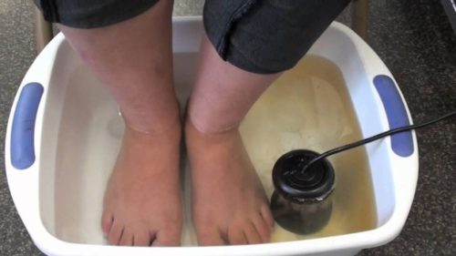 Just Once Try to Soak your Feet in Apple Cider Vinegar