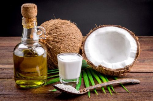 Improve your Looks With Coconut Oil Benefits