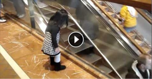 A Father Recorded His Little Girl – Look What She Did
