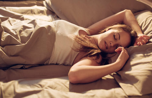 7 Bedtime Habits That Can Harm Your Health